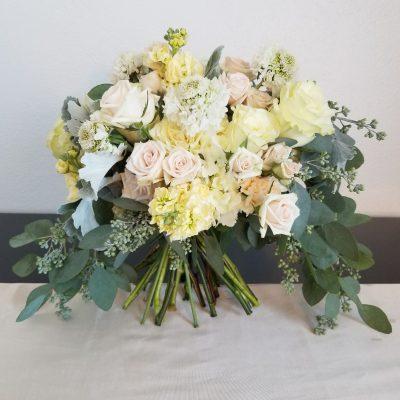 flor amor boho dreams bridal bouquet