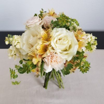 flor amor modern rustic bridesmaid bouquet